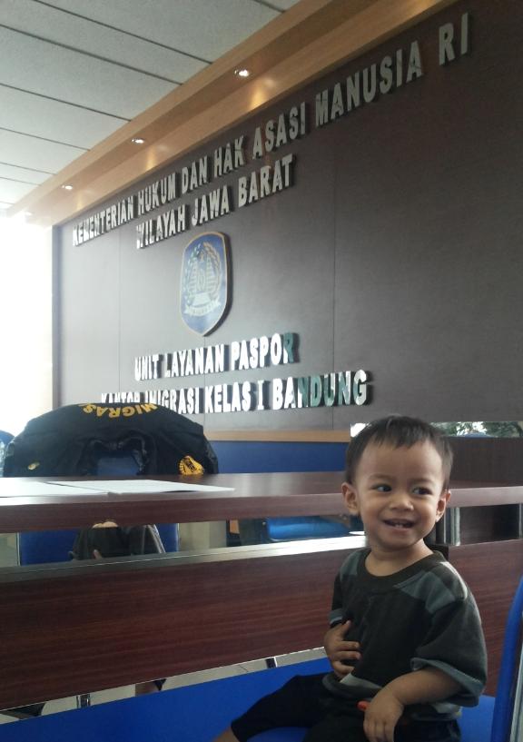 Proses Pembuatan Paspor Anak