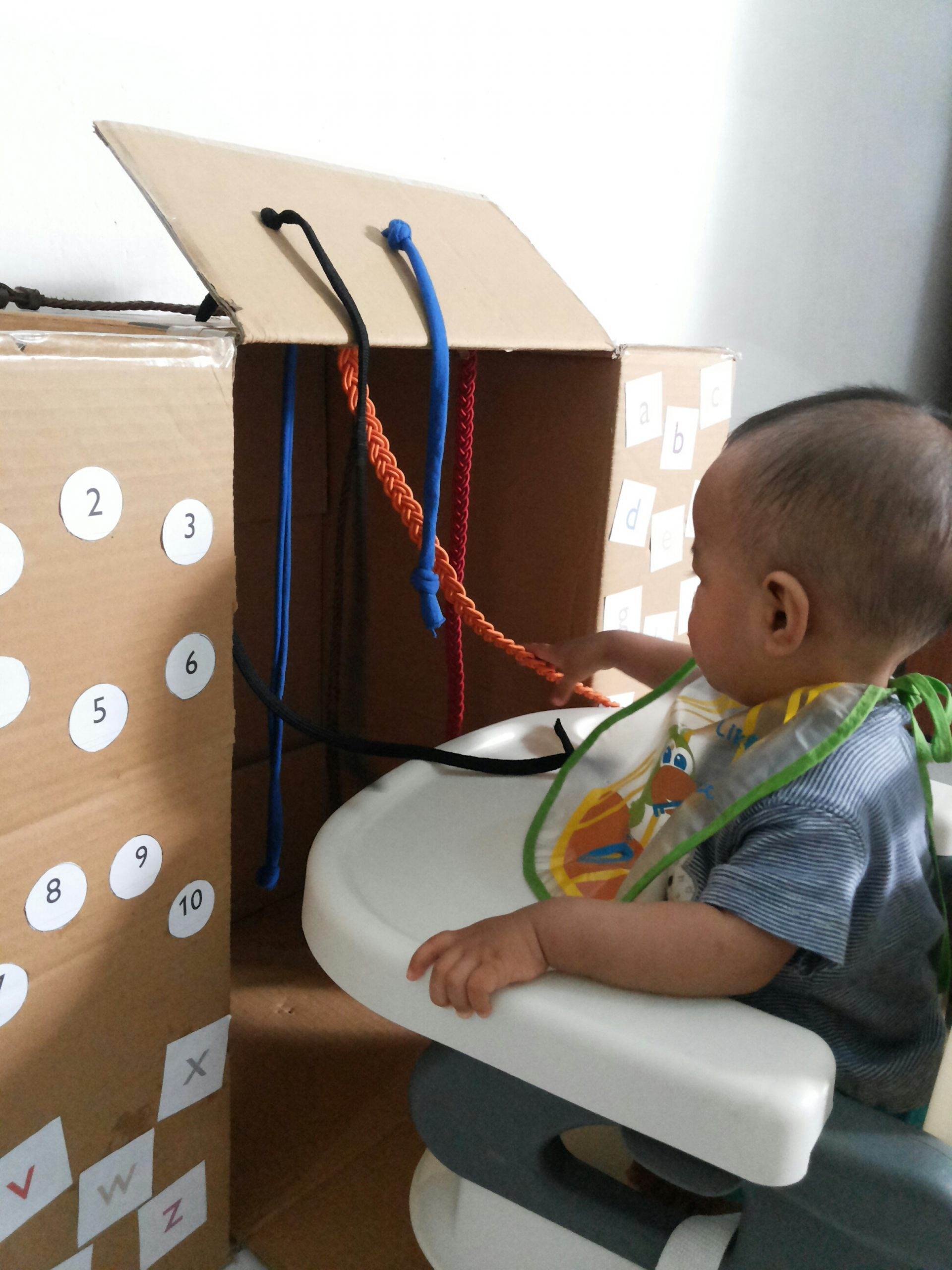 DIY Busy Box For Baby