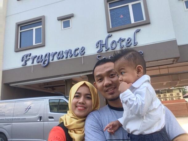 Fragrance Hotel – Shappire, Singapore