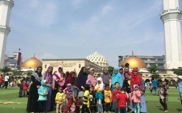 Playdate Minggu Pagi di Taman Alun-Alun Bandung