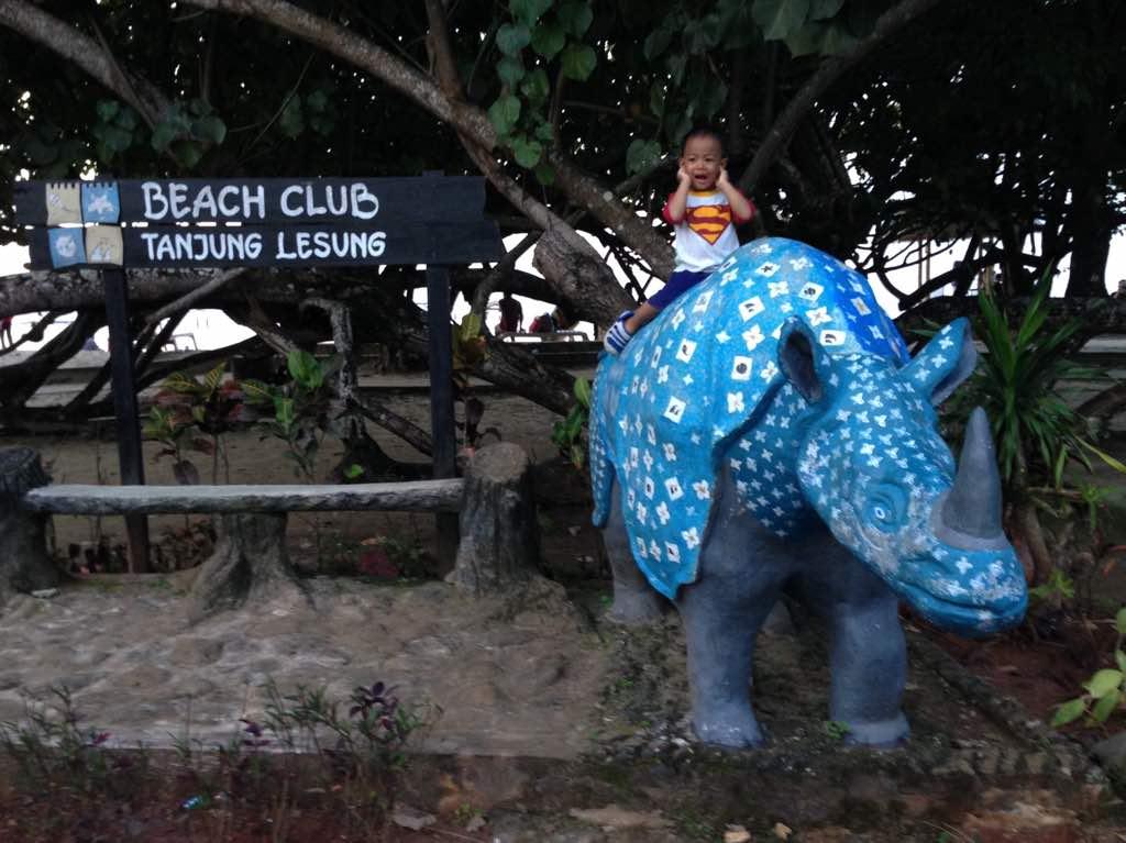Mengintip Keindahan Pantai Tanjung Lesung, Pandeglang