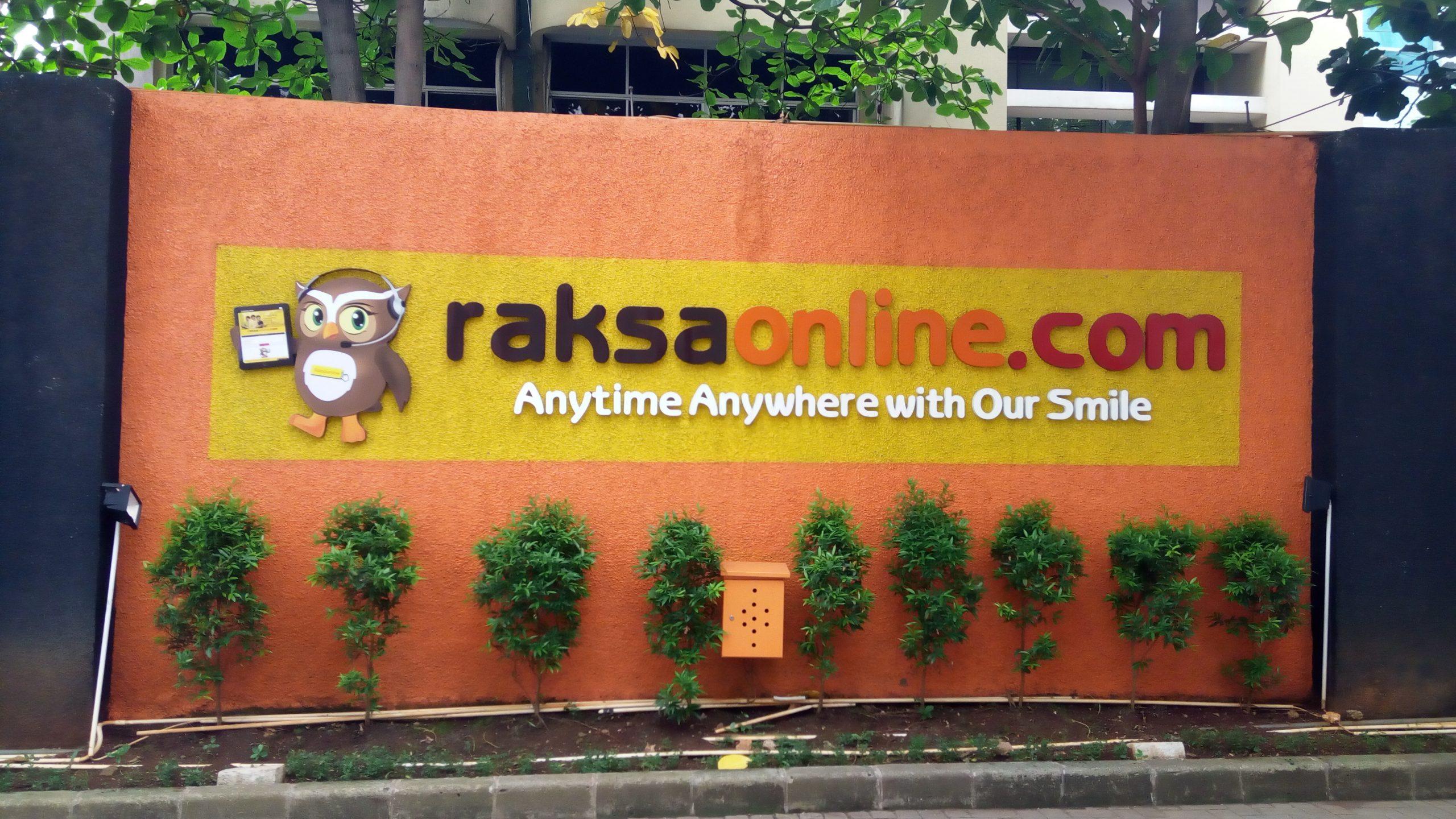 Asuransi Dengan Senyum? Raksa Online Aja!
